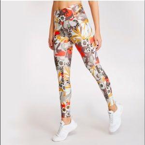 Maaji Dazeful Bloomer Cocoa High Waisted Leggings